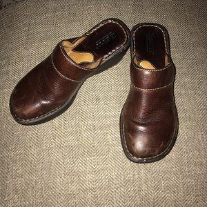 Born Leather Clogs Size 6